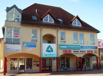 Bild: Verwaltungsgebäude der enwi von außen.